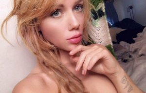 Felixa escort girls in Midlothian