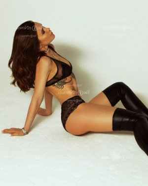 Amethys escort girl in Rosedale