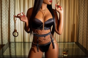 Cossette live escort in Seattle